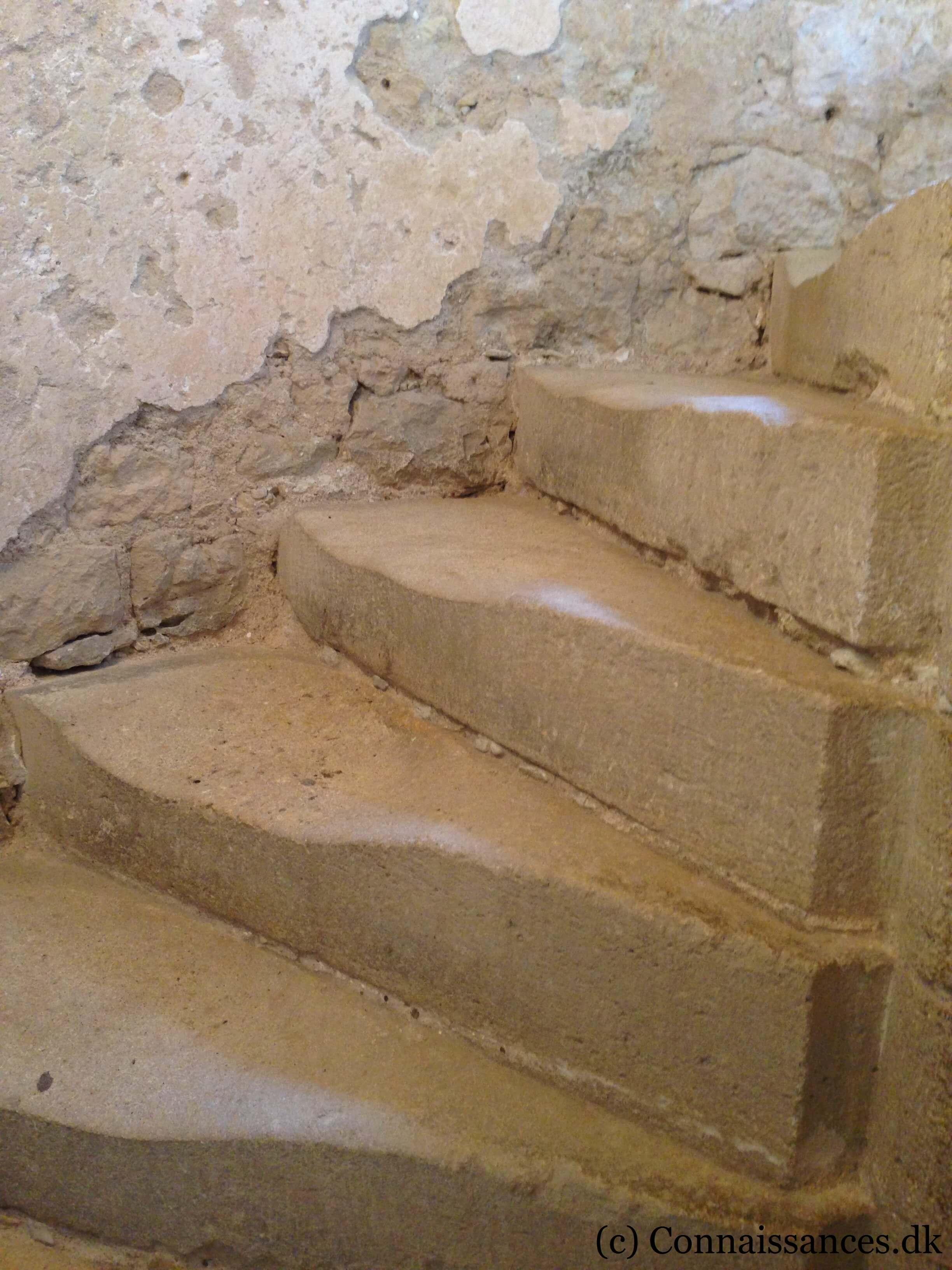 montaigne-tårn-vindeltrappe